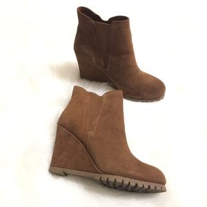 Steve Madden Wanelle Wedge camel Booties Size 8.5